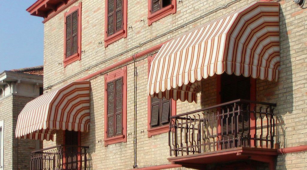 Tenda da Sole a Cappottine abitazioni